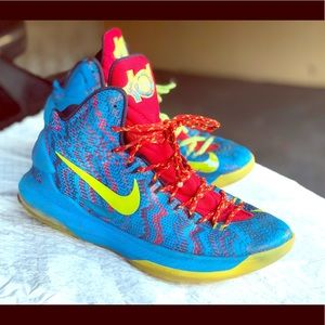 Nike Zoom KD 5 Christmas 8 Bit Art Blue Sz 10 US